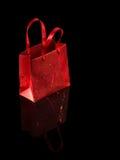 Пустая красная бумажная сумка стоковое фото