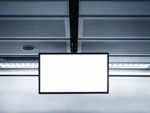 Пустая насмешка экранного дисплея LCD вверх в станции метро Стоковая Фотография