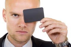 пустая рука карточки бизнесмена его детеныши Стоковые Фото