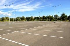 пустая стоянка автомобилей Стоковое фото RF