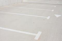 Пустая стоянка автомобилей для автомобилей Стоковая Фотография RF