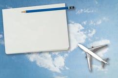 Пустая страница тетради с перемещением неба плана Стоковое Изображение