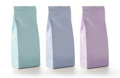 Пустая упаковка сумок саше закуски еды фольги Стоковое Изображение RF