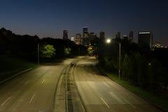 Пустая улица к городу Стоковое фото RF