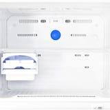 Пустой белый холодильник Стоковые Фотографии RF
