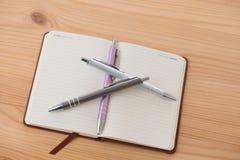 Пустой буклет с ручкой Стоковое Изображение RF
