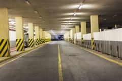Пустой гараж Стоковое Изображение