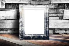 Пустой город overlay винтажная склонность рамки фото на древесине планки wal стоковые изображения