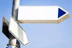 Пустой дирекционный знак Стоковое Фото