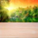 Пустой деревянный стол иллюстрация штока