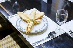пустой комплект ресторана стекел стоковая фотография