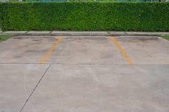 Пустой космос в месте для стоянки автомобиля на внешнем парке Стоковое Изображение