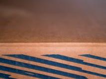 Пустой открытый прямоугольный конец картонной коробки вверх Стоковые Фотографии RF
