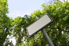 Пустой подпишите внутри сельскую местность Стоковые Изображения RF