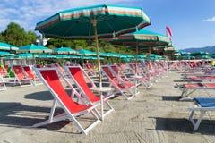 Пустой пляж в Лигурии, Италии Стоковое Изображение