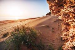 Пустой пляж на турецком побережье Турции Стоковые Фотографии RF
