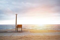 Пустой пляж около моря Стоковые Изображения