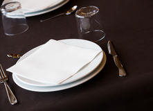 Пустой ресторан плиты Стоковые Фото