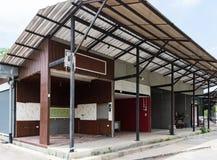 Пустой современный магазин которые терпят неудачу Стоковое фото RF