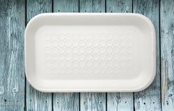 Пустой чистый белый пластичный пищевой контейнер Стоковое Фото