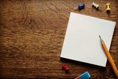 Пустые белые страницы памятки Стоковые Фото