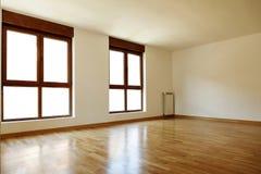 Пустые внутренние комната и окна Стоковые Изображения RF