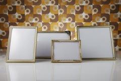 Пустые картинные рамки, золото Стоковые Фото