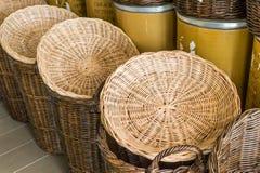 Пустые корзины в цветочном магазине Стоковые Фото