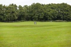 Пустые корзины шара для игры в гольф на тренировочная площадка Стоковая Фотография