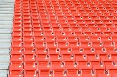 Пустые оранжевые места на стадионе Стоковые Изображения RF