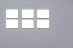 Пустые рамки на стене Стоковое Фото
