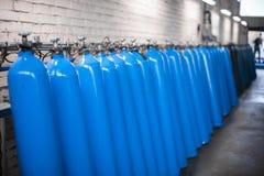 Пустые склянки Оборудование анализа лаборатории Химическая лаборатория, пробирки стеклоизделия стоковое фото rf