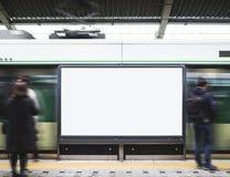 Пустые средства массовой информации знамени афиши в станции метро с запачканный Стоковые Фото