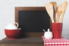 Пустые утвари доски и кухни Стоковые Фотографии RF