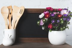 Пустые утвари доски и кухни Стоковое Изображение