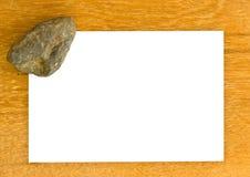 Пустые pape и утес на деревянных bords Стоковое Фото