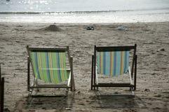 пустые sunbeds Стоковая Фотография RF