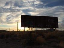 пустыня над заходом солнца Стоковая Фотография