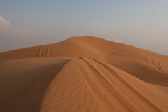 Пустыня Объединённые Арабские Эмиратыы (al-Khali ПРОТИРКОЙ) Стоковые Фото