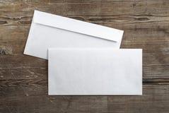 2 пустых конверта Стоковое Фото