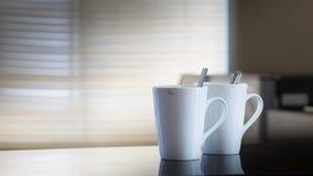 2 пустых кофейной чашки после питья Стоковые Фото
