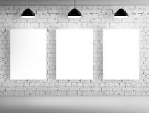 3 пустых плаката на стене Стоковое Изображение