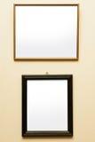 2 пустых рамки на стене Стоковые Фото