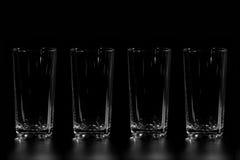 4 пустых стеклянных чашки Стоковые Фотографии RF