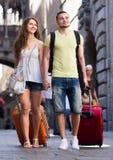 2 путешественника на каникулах Стоковое фото RF