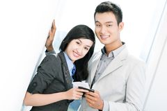 Путешественники с билетами воздуха Стоковое фото RF