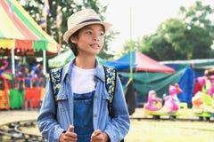 путешественник женщины портрета молодой азиатский, перемещение Стоковые Фотографии RF