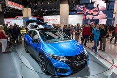 Путешественник Honda Civic активный на IAA 2015 стоковые фото