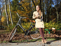 Путешествие велосипеда осени Стоковые Фото