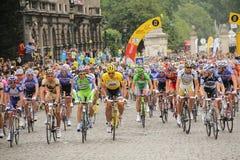 путешествие de Франции 2010 велосипедистов стоковое фото rf